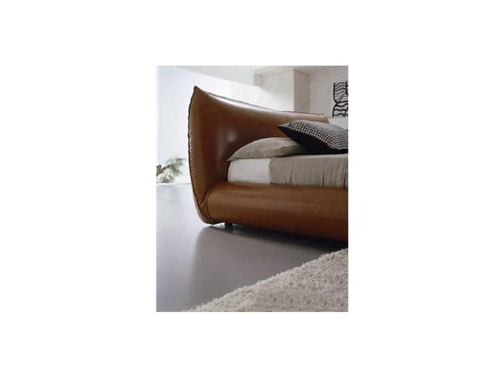 Bolzan: Moon: кровать 160х200  кожа
