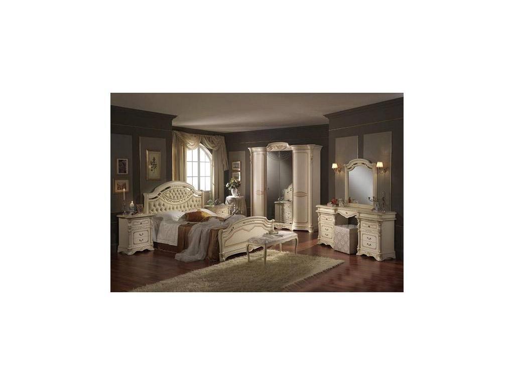 MobilPiu: Регина: спальная комната с 4 дв.шкафом (слоновая кость, золото)