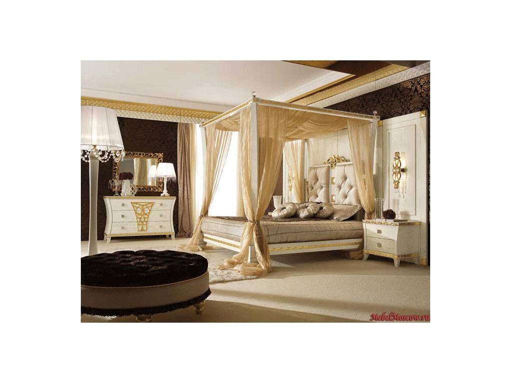 Gotha: Gold and Diamonds: кровать 200х200 Super King siz  с балдахином и мягким изголовьем