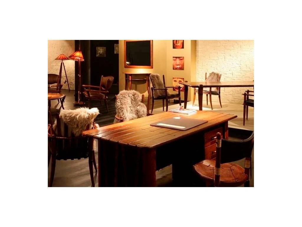 Pacific Green: стол письменный