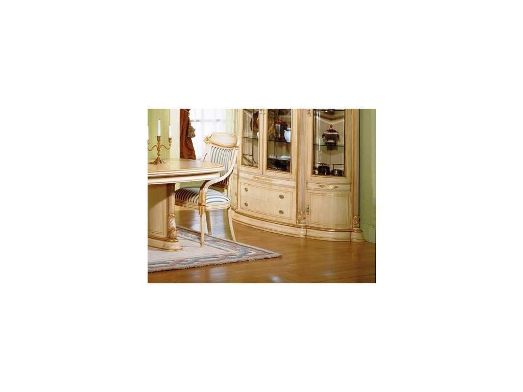 Disvalma Дисвальма: 109: стул с подлокотниками  (слоновая кость с золотом)