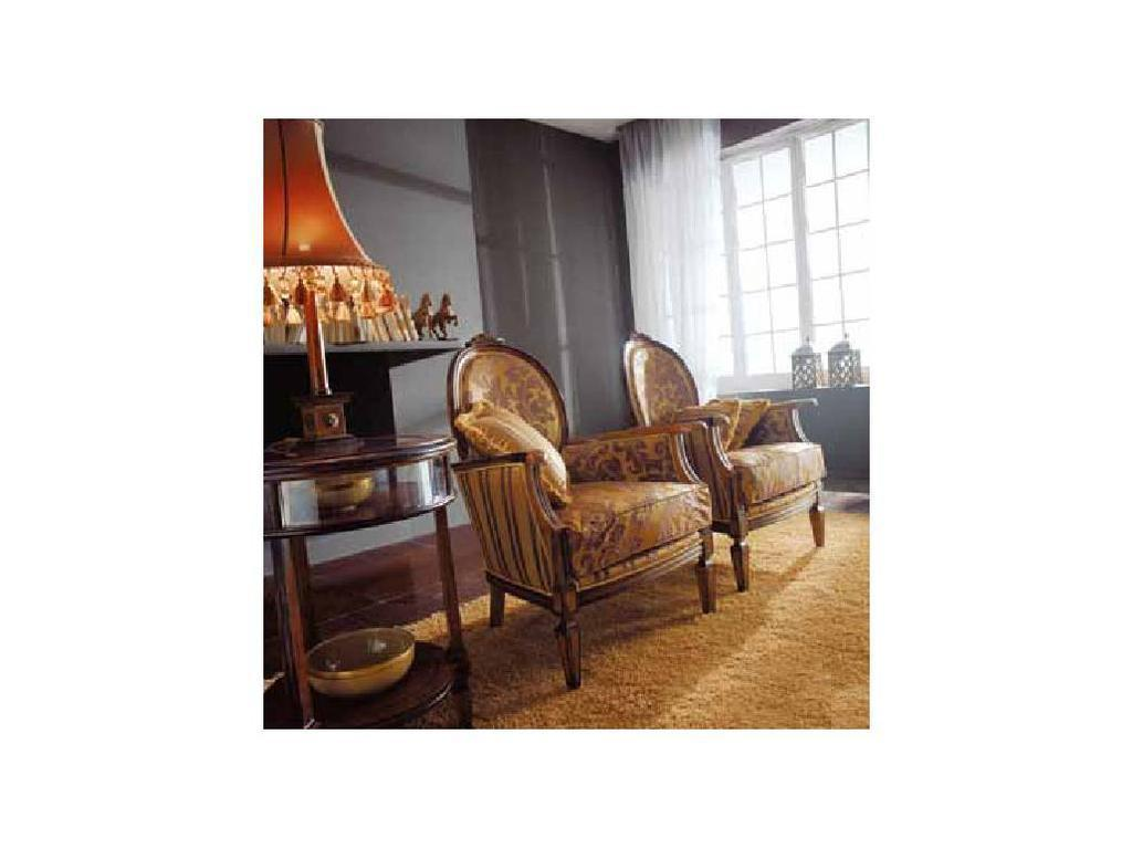 Volpi: Giorno: кресло Giulietta  дерево class 4. ткань cat.B