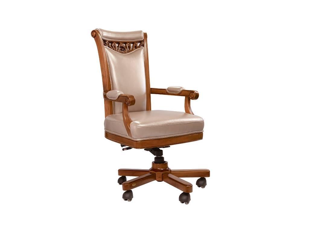 Carpenter: 230: кресло руководителя  (орех)