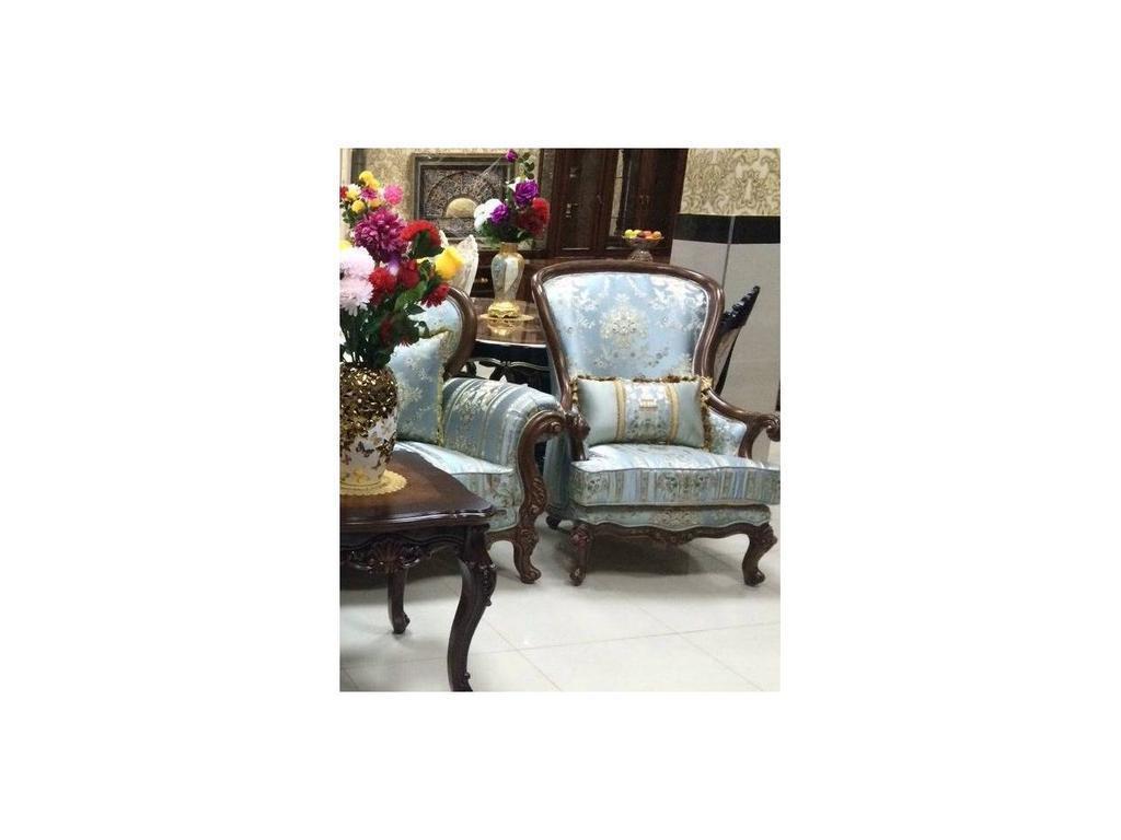 AV: Casanova: кресло  (орех, ткань)