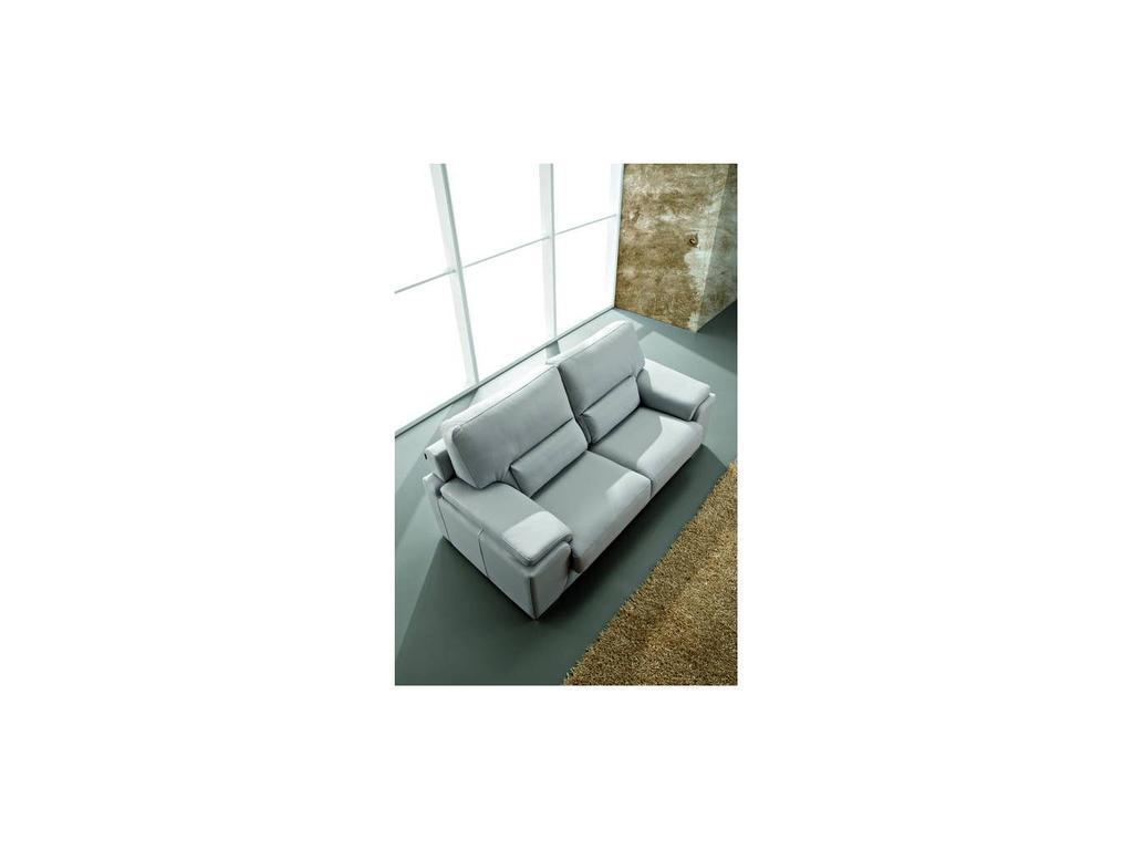 Pedro Ortiz: Derek: диван 3-х местный (grey)