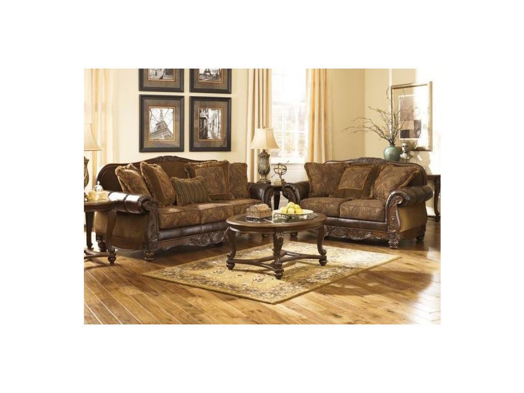 Ashley: Antique: диван 3 местный