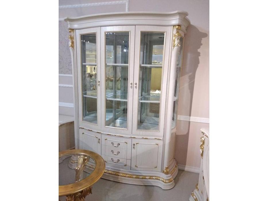 Carpenter: Изабелла: витрина 3-х дверная  (белый, золото)
