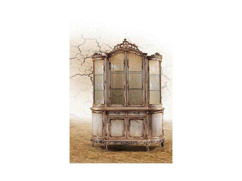 витрина 4-х дверная