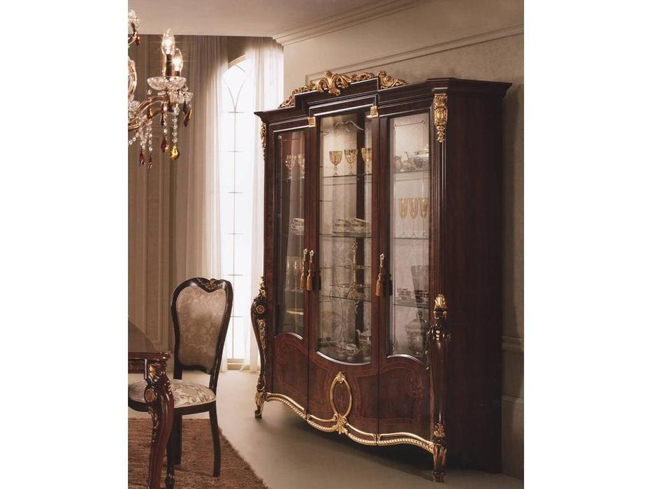 Arredo Classic: Donatello: витрина 3-х дверная (орех)