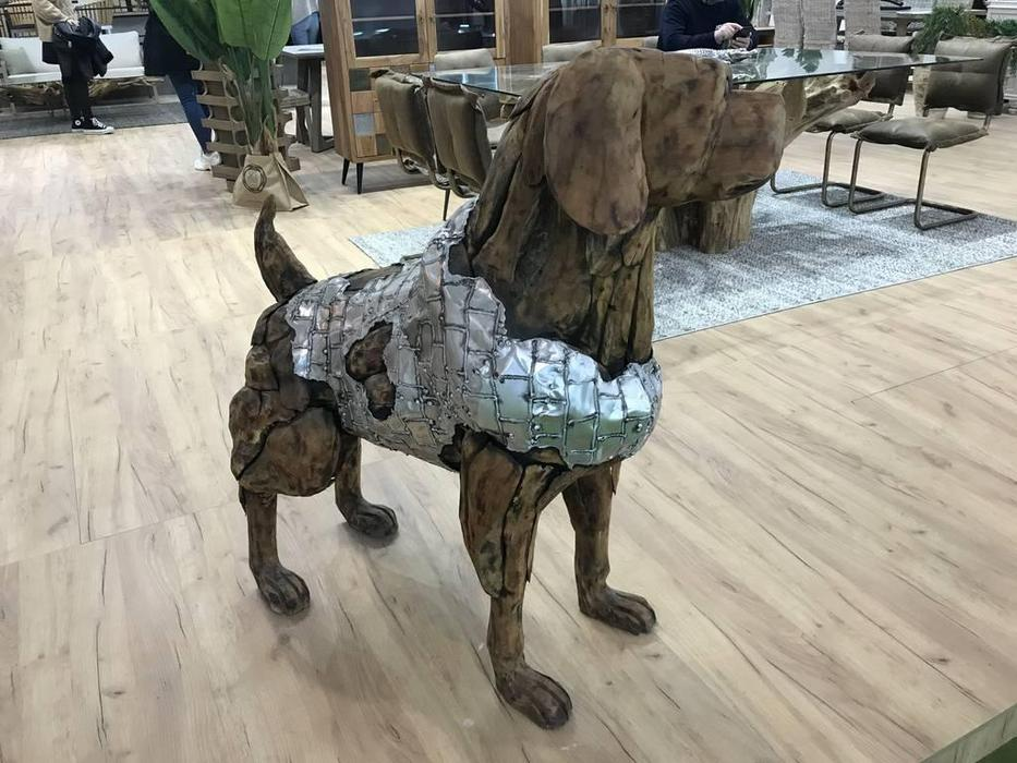 Joenfa: Sultan: собака (массив, серебро)
