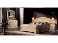 Vicente Zaragoza: Вена 17: спальная комната  (лак, золото)