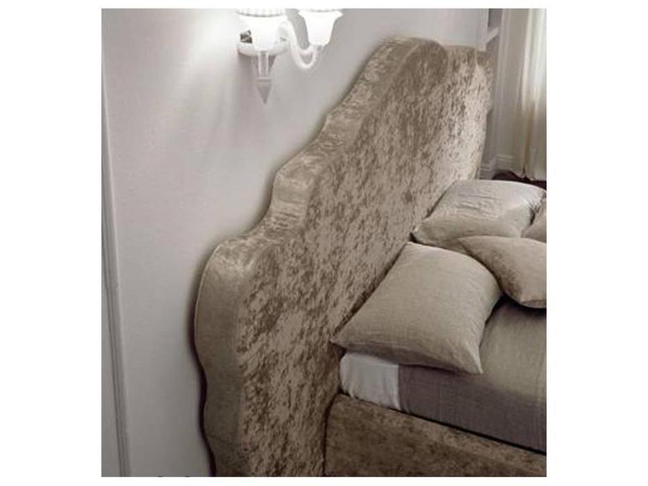 Bolzan: Coronas: кровать 160х200 с подъемным механизмом  изголовье ткань ткань кат.А