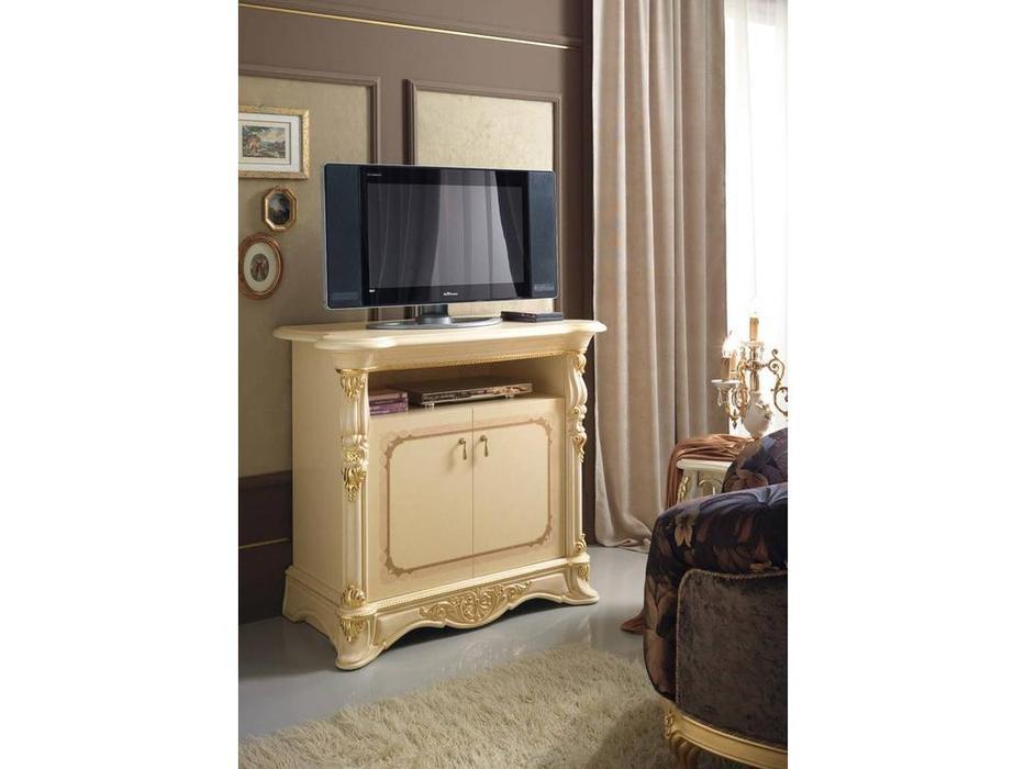 MobilPiu: Регина: тумба под телевизор (слоновая кость, золото)