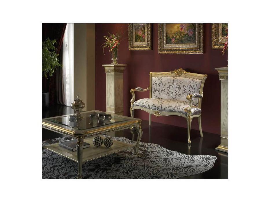 Moblesa: Love: диванчик с деревянными подлокотниками