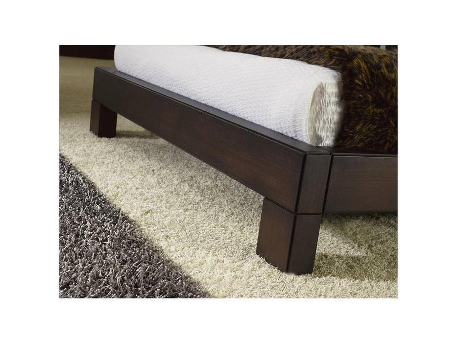 Coim: Madison: кровать 180х200  (орех)