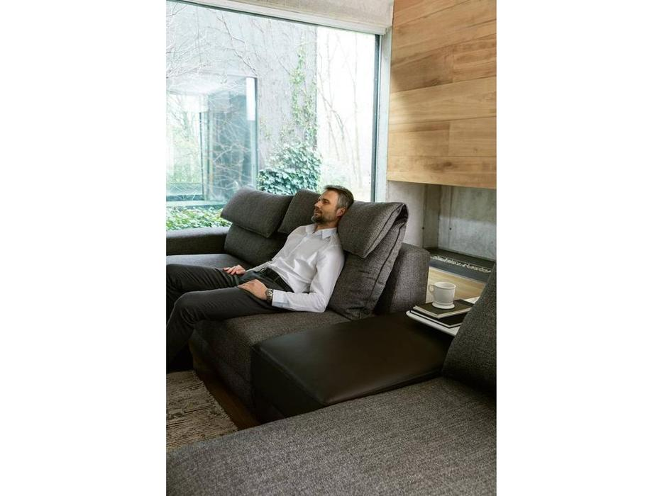 Alberta: Game: диван угловой  с пуфом cat.6 (ткань)