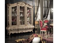 Tarocco Vaccari: Luxury: витрина 3-х дверная  (Lacato)