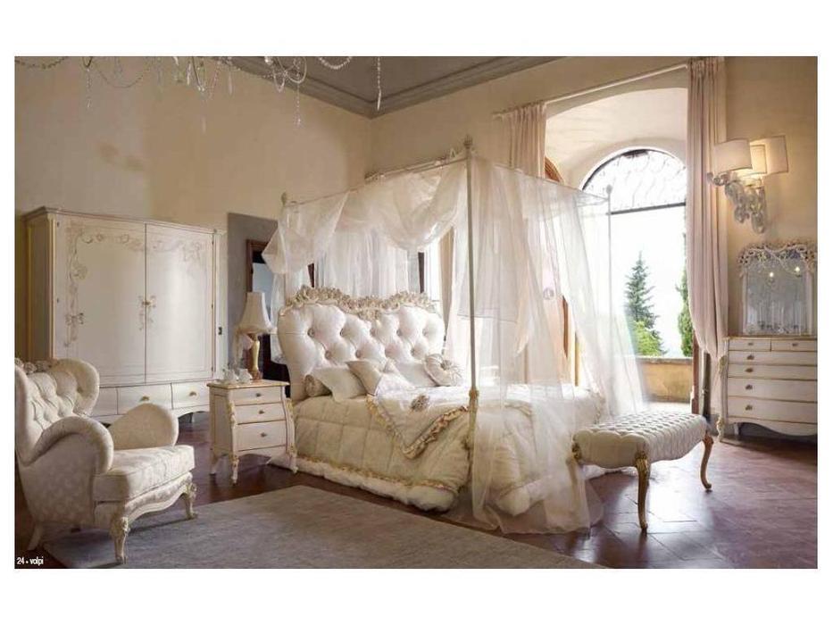 Volpi: Notti: кровать Olga 160х190  дерево class 2. ткань cat. C