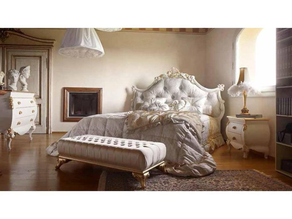 Volpi: Notti: кровать Minerva 160х190  дерево class 4. ткань cat. C