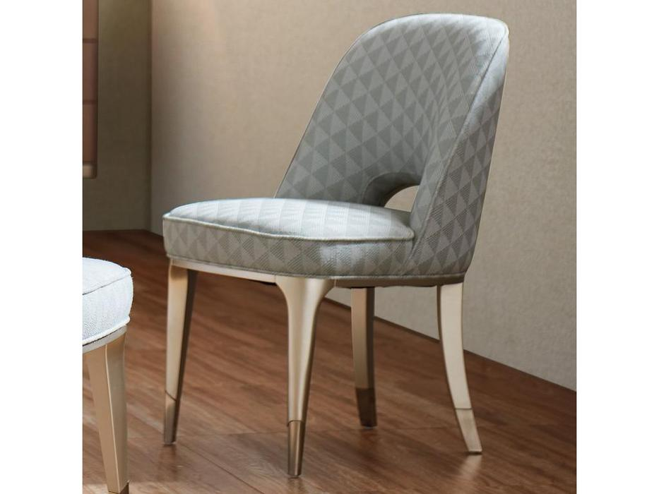 Fratelli Barri: Modena: стул  (серебро)