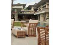 Skylinedesign: Villa: кресло садовое  с подушками (NATURAL MUSHROOM)