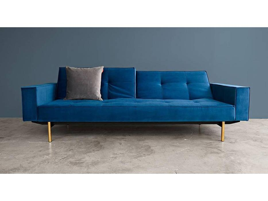 Innovation: Splitback: диван с подлокотниками