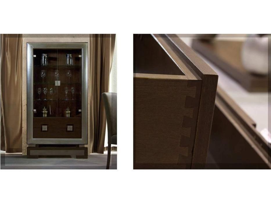 DeMiguel: Brera: витрина  (шпон108, золото 115)