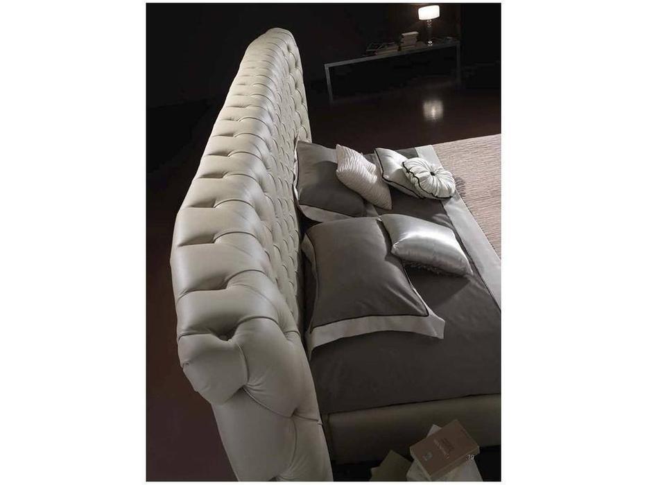Piermaria: Odero: кровать 180х200 с подъемным механизмом (бежевый)