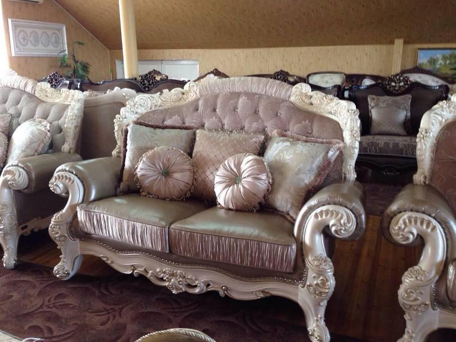 AV: Romano: диван 2-х местный  (аворио, ткань)