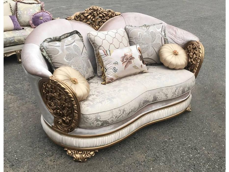 AV: Baron: диван 2 местный (золотая патина)