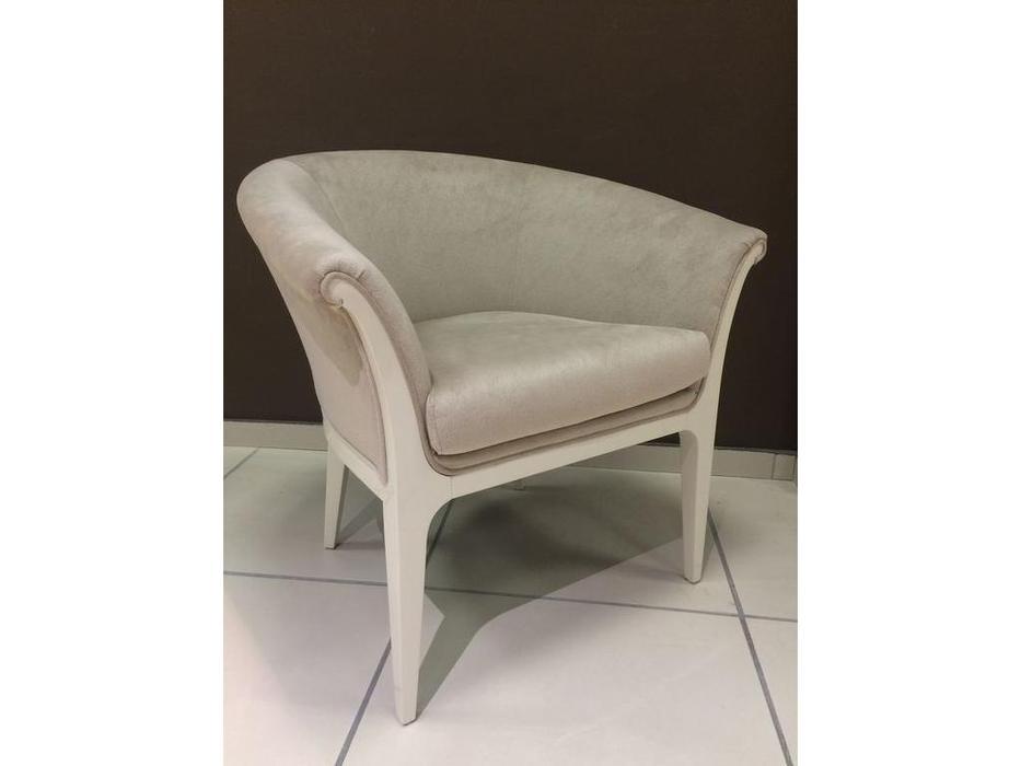 Fratelli Barri: Roma: кресло  (бежевый лак, ткань)
