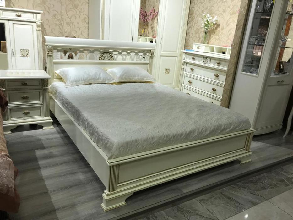 Saoncella: Puccini: кровать 160х200  без изножья (белый античный, золото)