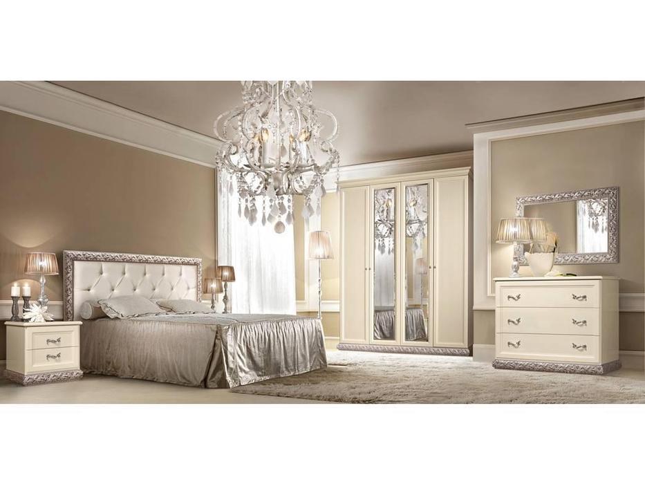 ЯМ: Тиффани: спальная комната с 4-х дверным шкафом (крем, серебро)