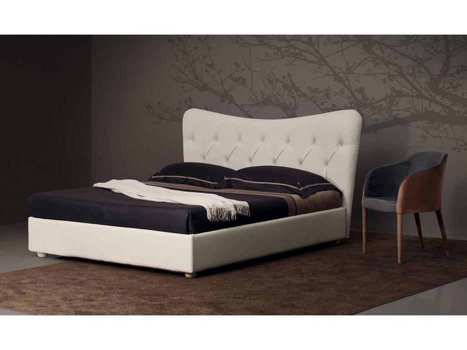 Piermaria: Klat: кровать двуспальная 160х195 (ткань)
