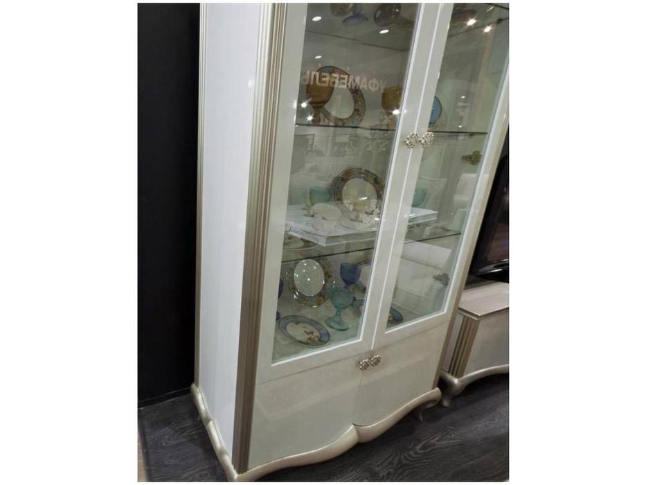 Zzibo Mobili: Венеция: витрина 2-х дверная  (белый, белое золото)