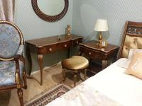 Zzibo Mobili: Патриция: стол туалетный  (орех, золото)