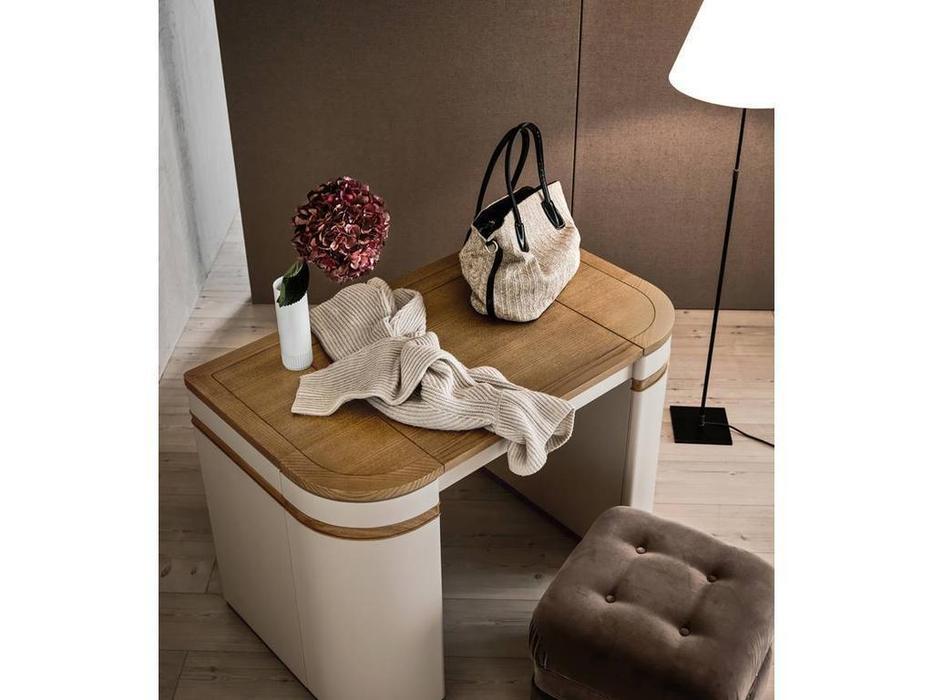 стол туалетный