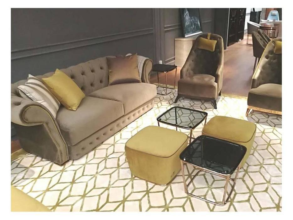 MHC: Ian: диван 3 местный