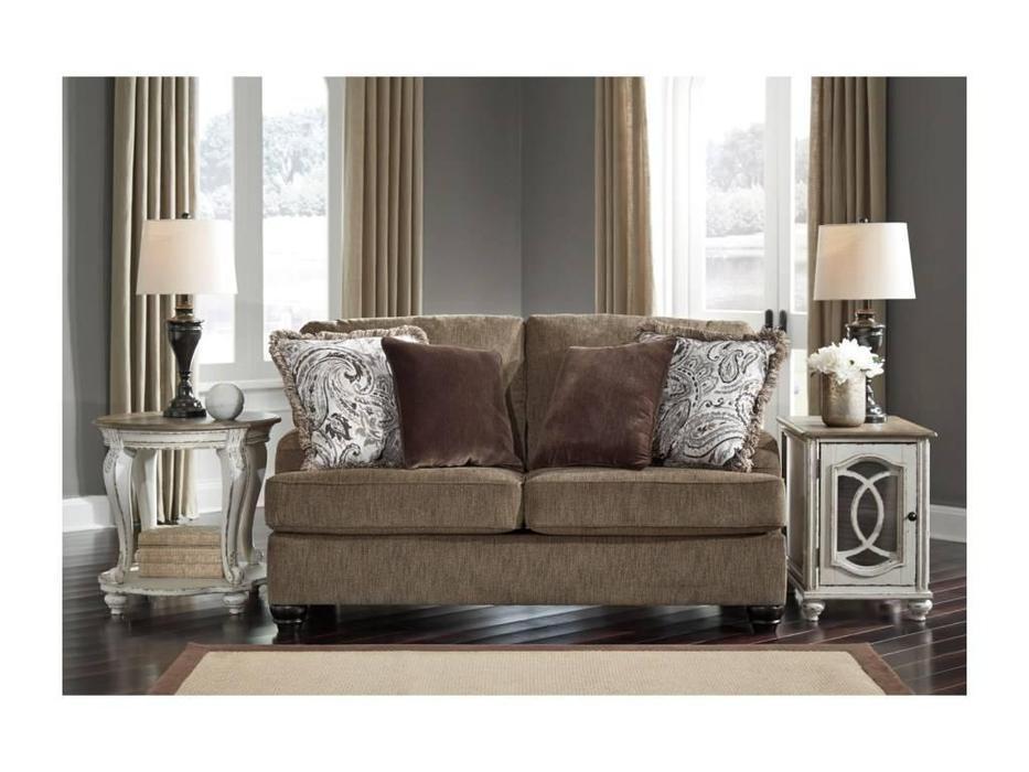 Ashley: Braemer: диван 2 местный  (коричневый)