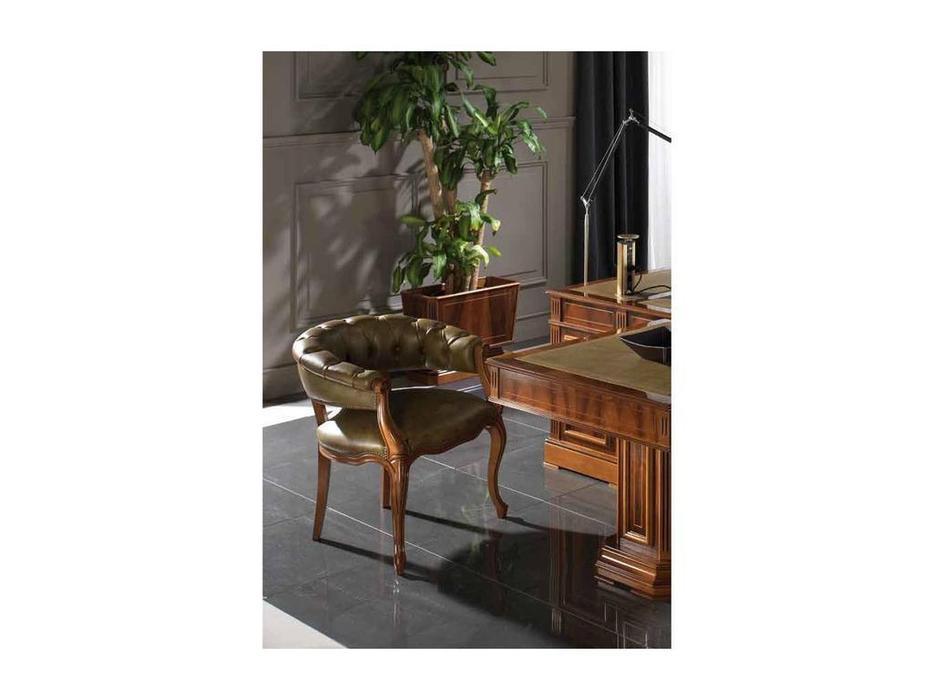 Arte Mobilia: Silleria: кресло  (шпон орех, кожа со старением)