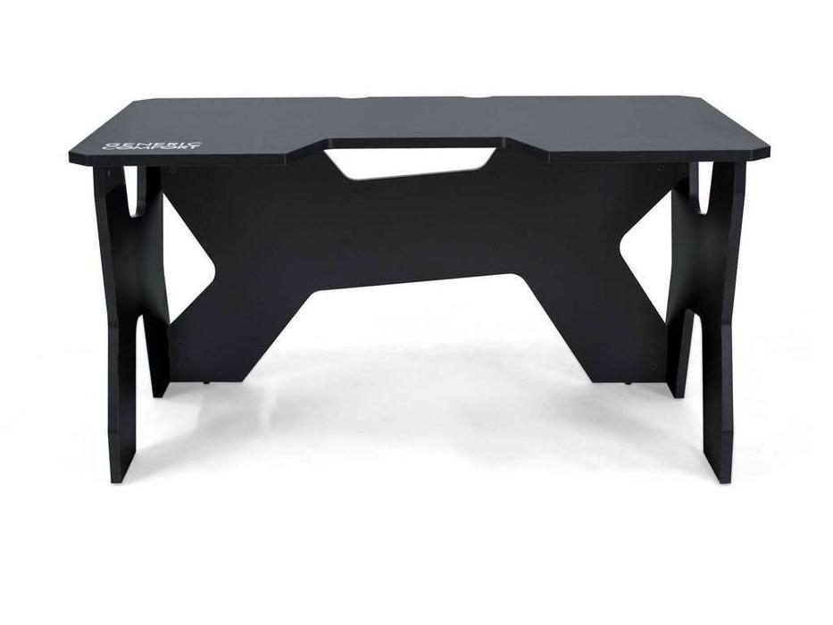Generic Comfort: Gamer: стол компьютерный  (черный)