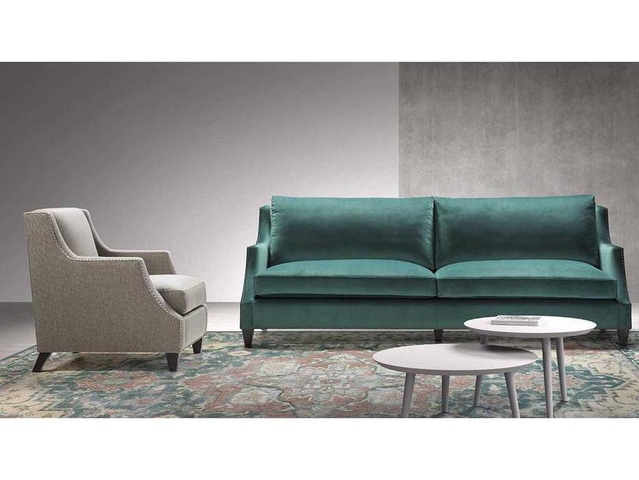 Manuel Larraga: Vienna: диван 3 местный  (ткань кат. В)