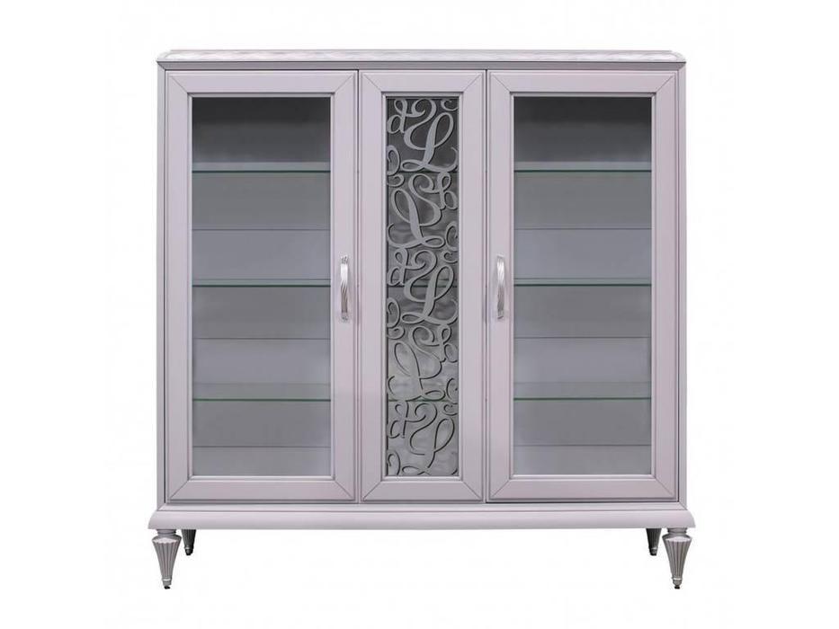 витрина 3 дверная