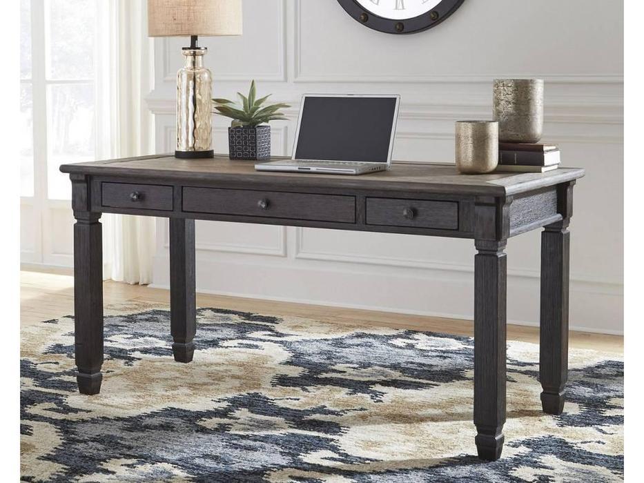Ashley: Tyler Creek: стол письменный  (коричневый)
