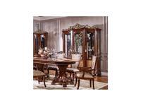 FurnitureCo: 972: витрина 3 дверная  (орех светлый)